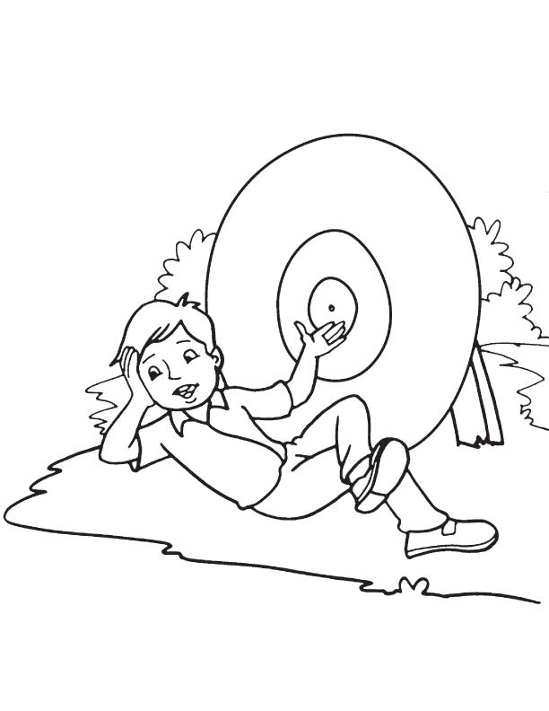 Lying before the dartboard coloring page Download Free Lying