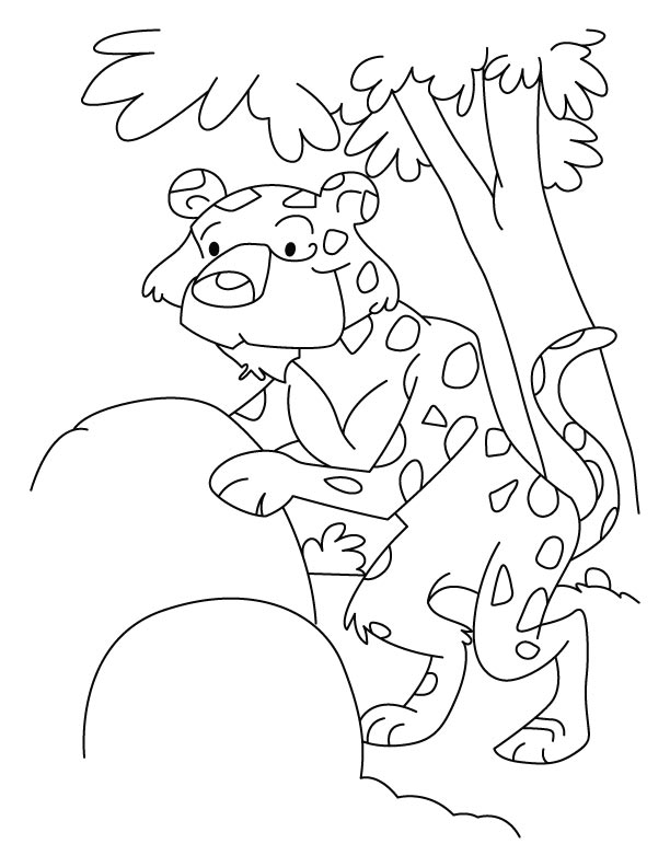 Leopard ready for shooting coloring pages